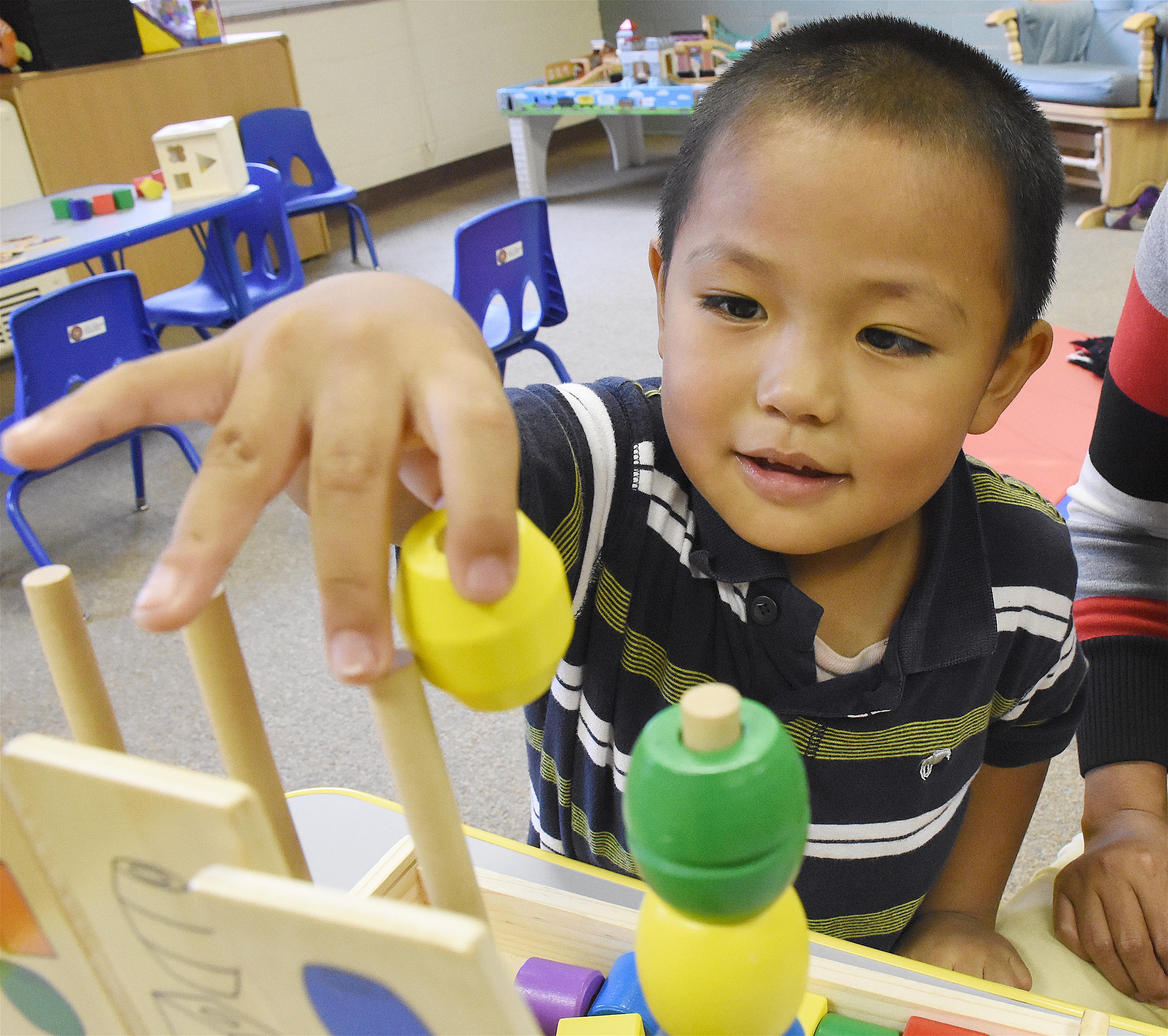 Johnny Grap Grap - Child Care DSC_5920 - 16HG-004 - Battle Creek Burma Center